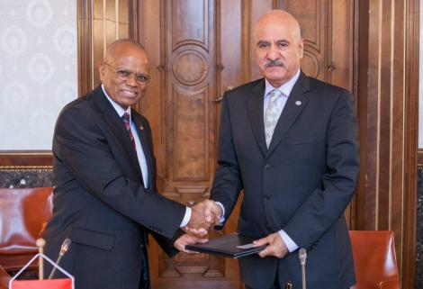 HE Isaac Lamba, Ambassador of the Republic of Malawi to Germany and OFID Director-General Mr. Suleiman J. Al-Herbish, December 2012 (Courtesy of OFID)