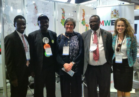 Outgoing EITI Chair Rt. Hon. Clare Short with part of MWEITI delegation (Chikondi Mcheka - Mkango Resources, Kossam Munthali - FOCUS, Rt. Hon. Clare Short, George Harawa - MWEITI Secretariat/MoFEPD, Rachel Etter-Phoya - Citizens for Justice)