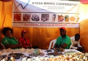 2016-10-malawi-investment-forum-nyasa-mining-cooperative
