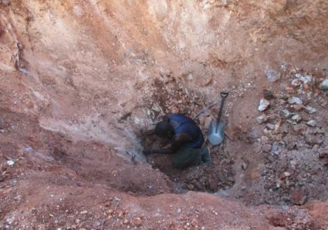 """Illegal mining promotes gemstone smuggling"" - Chikomeni Manda"