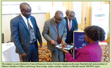 201708 Malawi Mining & Trade Review Minister Aggrey Masi launches MWEITI Report with Dean Lungu, Kossam Munthali, Ben Botolo.png