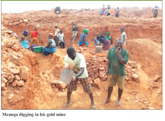 201809 Malawi Mining & Trade Review Gold ASM.png
